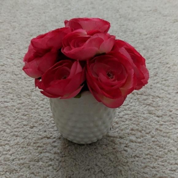 3/$15 NWT Rose Vase